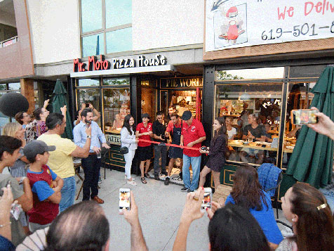Mr. Moto Pizza franchise - pizzeria opening